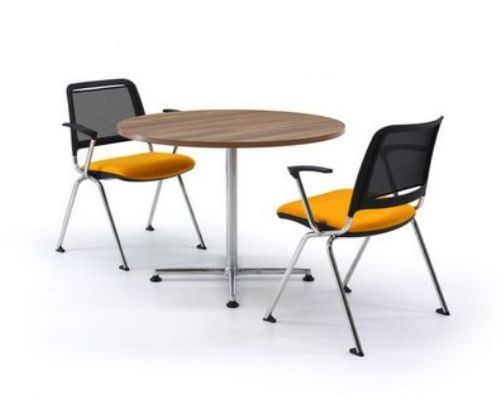 TIMES table - Lightweight table for office, meeting room, conference space, breakout, café and restaurant environments